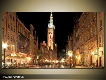 Obraz noční ulice s věží (F002338F10055GD)
