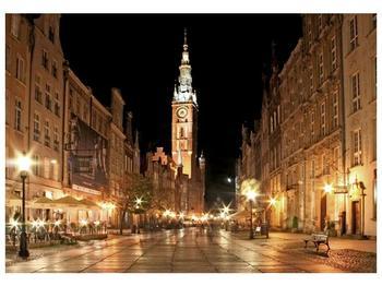 Obraz noční ulice s věží (F002338F10070)