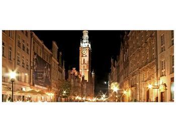 Obraz noční ulice s věží (F002338F12050)