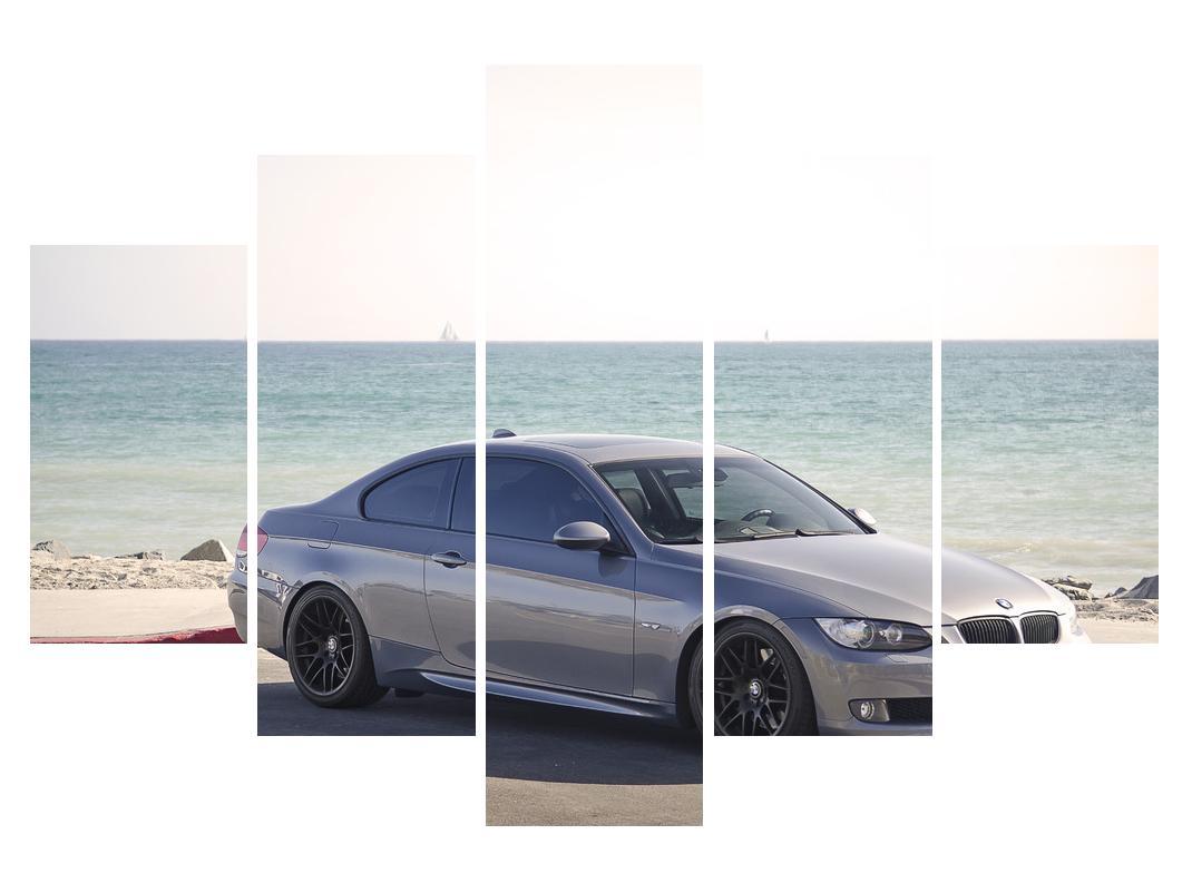Slika skupog automobila (K011691K150105)