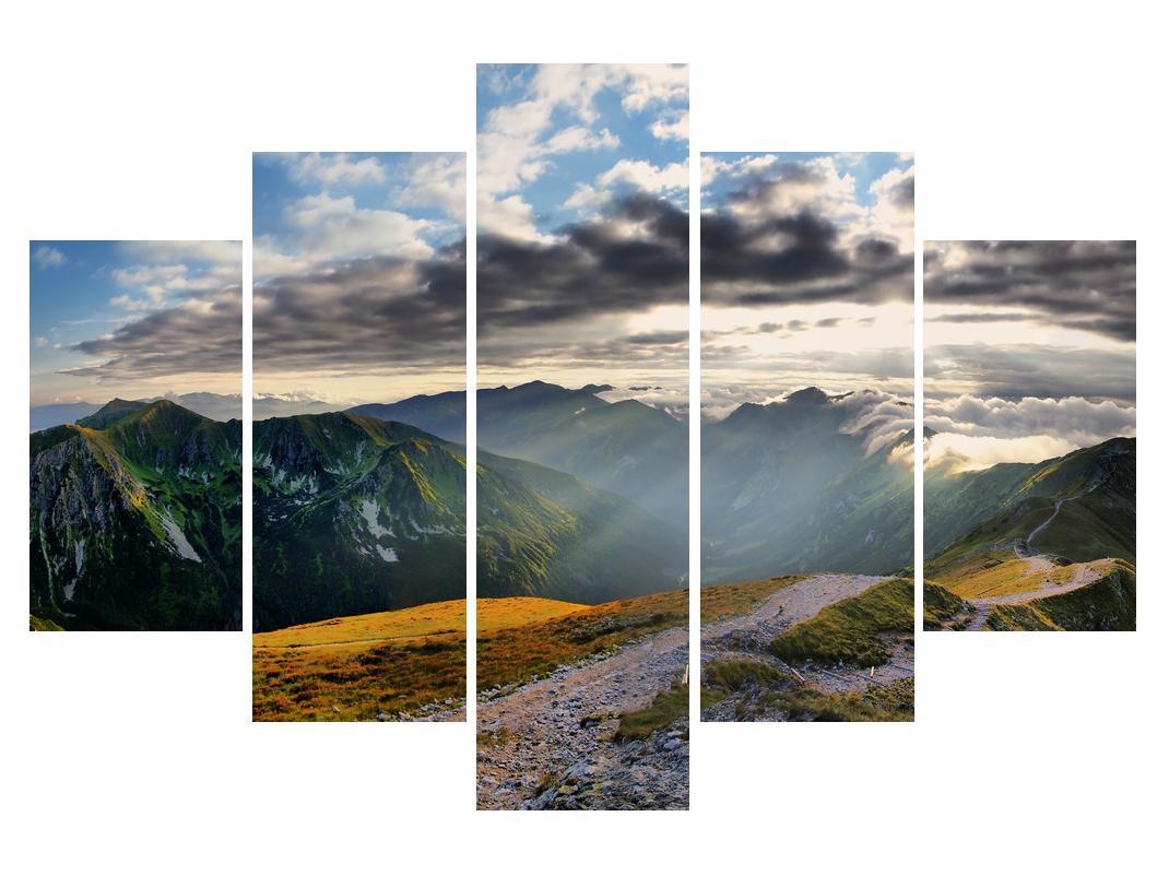 Slika planinskog stjenovitog krajolika (K012028K150105)