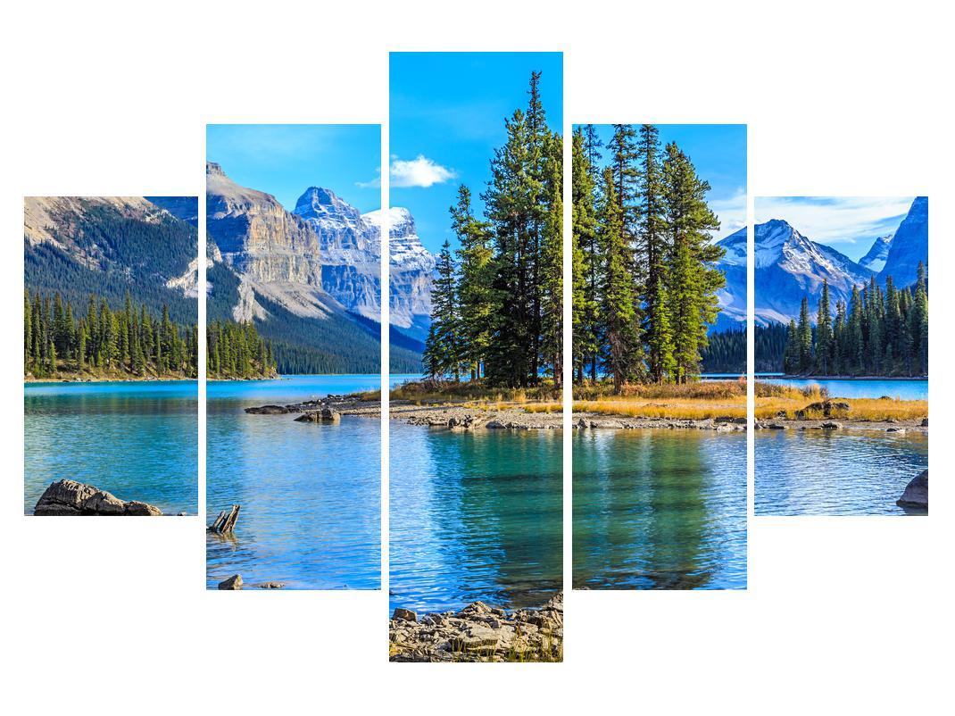 Slika planinskog krajolika s rijekom (K014679K150105)