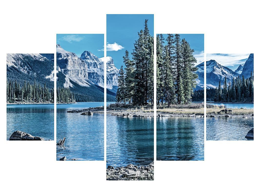 Slika zimskog planinskog krajolika (K014690K150105)