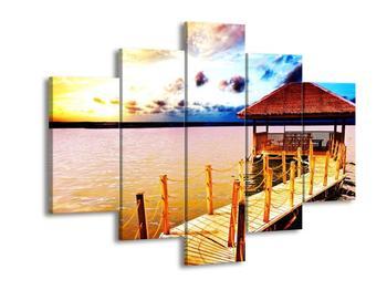 Obraz dřevěné přístavby na vodě (F002408F150105)
