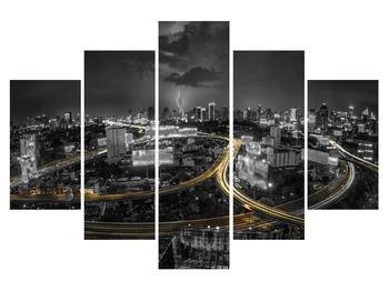 Obraz diaľničného okruhu cez mesto (K011653K150105)