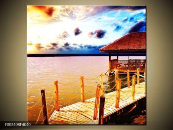 Obraz dřevěné přístavby na vodě (F002408F4040)