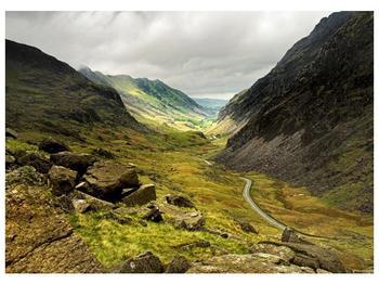 Obraz cesty uprostřed hor (F000621F7050)