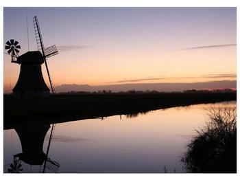 Obraz rybníku u mlýna (F001556F7050)