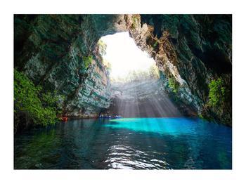 Obraz jeskyně s vodní plochou (K012667K7050)