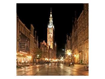Obraz noční ulice s věží (F002338F7070)