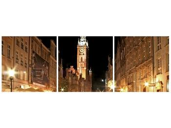 Obraz noční ulice s věží (F002338F9030)