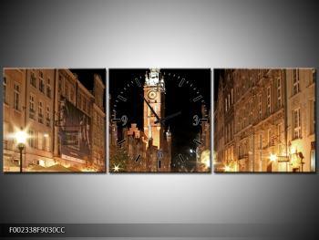 Obraz noční ulice s věží (F002338F9030CC)
