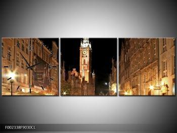 Obraz noční ulice s věží (F002338F9030CL)