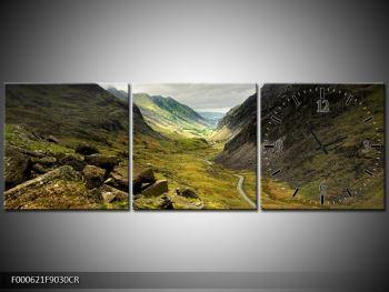 Obraz cesty uprostřed hor (F000621F9030CR)