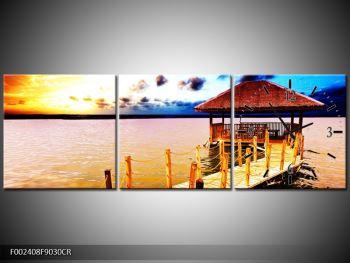 Obraz dřevěné přístavby na vodě (F002408F9030CR)