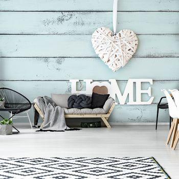 Foto tapeta - Srce na lesenih deskah (T030468T368280A)