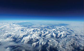 Fototapeta - Alpy: Vtáčia perspektíva (T031319T368280A)
