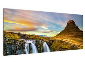 Obraz hory a vodopádů na Islandu (V020702V10040)