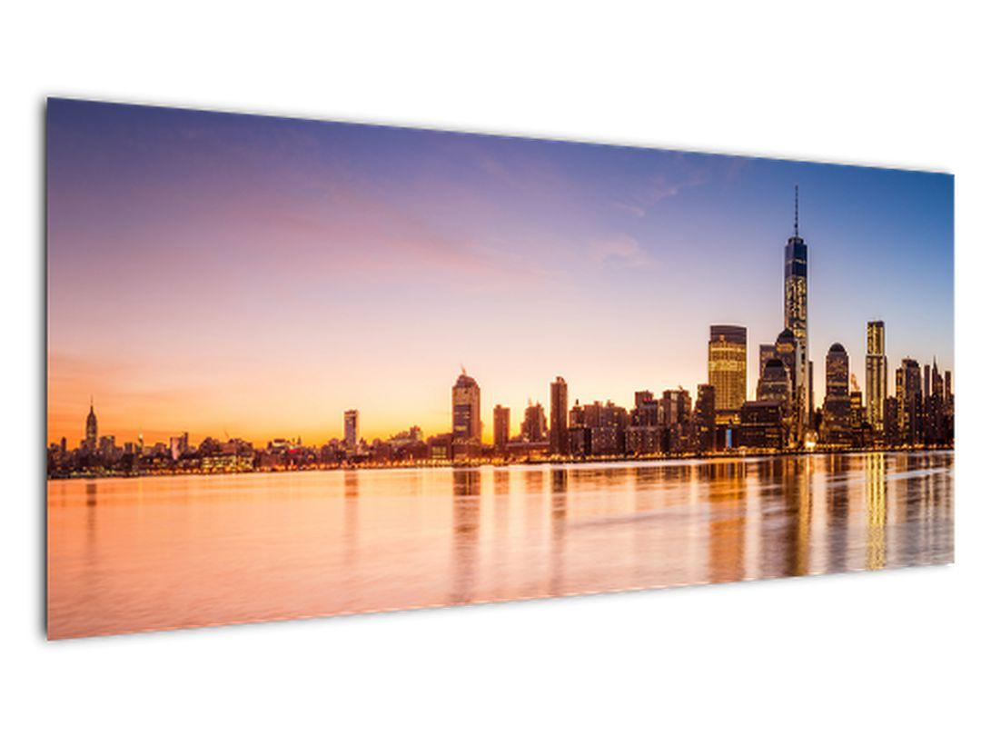 Obraz města při západu slunce (V020924V10040)