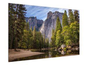 Kép - A Yosemite szikla alatt (V021691V12080)