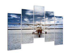 Slika motornog zrakoplova (V021915V12590)