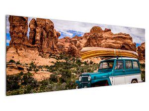 Obraz terenního auta v horách (V020603V14558)