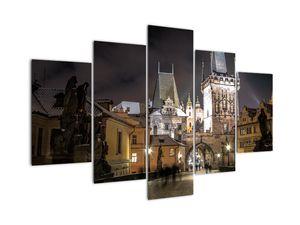 Slika osvetljenega Prašnega stolpa (V020594V150105)