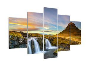 Obraz hory a vodopádů na Islandu (V020702V150105)