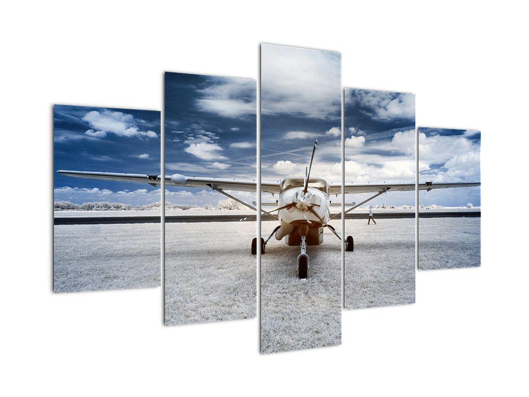 Slika motornog zrakoplova (V021915V150105)