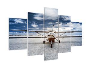 Egy motoros repülőgép képe (V021915V150105)