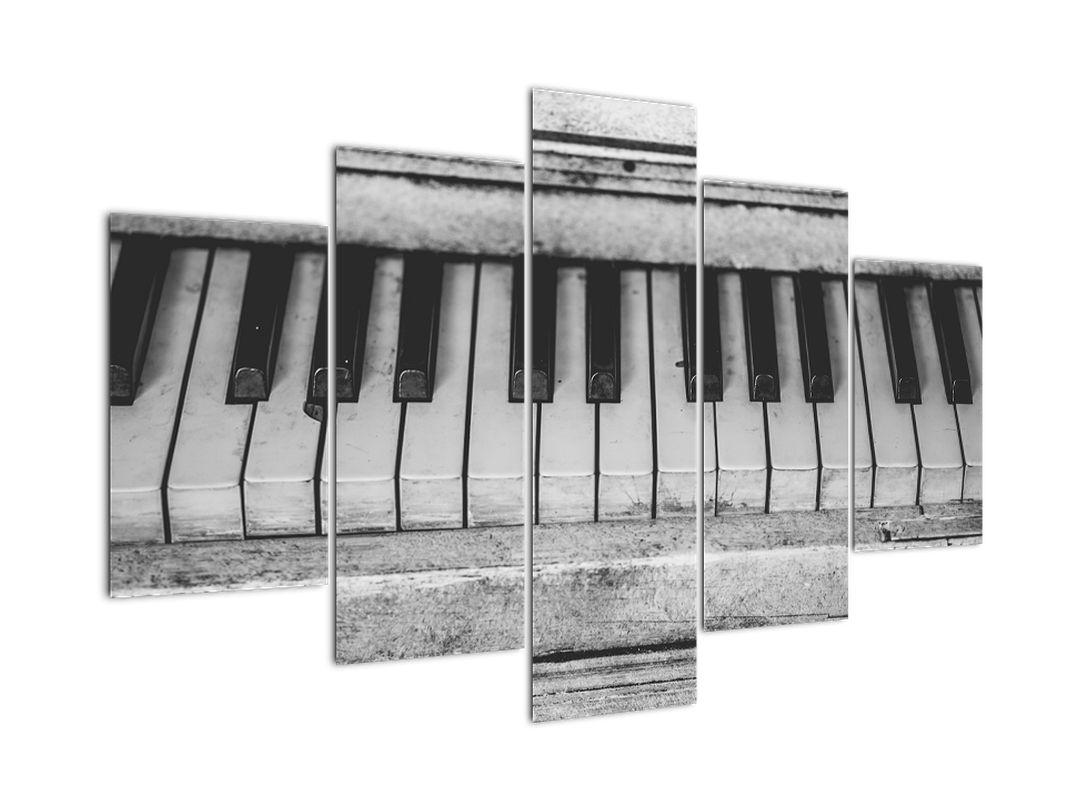 Egy régi zongora képe (V022562V150105)