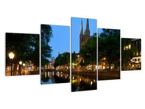 Tabou orașului istoric nocturn (V020211V150805PCS)