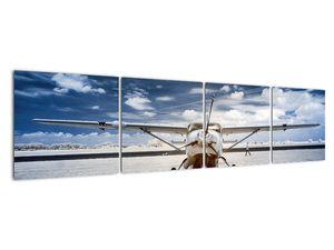 Slika motornog zrakoplova (V021915V16040)