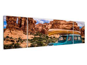 Obraz terenního auta v horách (V020603V17050)