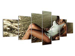 Slika žene na plaži (V020937V210100)