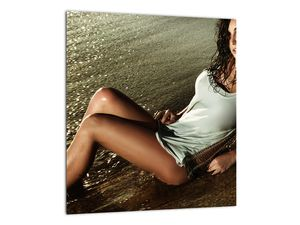 Slika žene na plaži (V020937V3030)