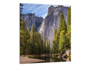 Kép - A Yosemite szikla alatt (V021691V3030)