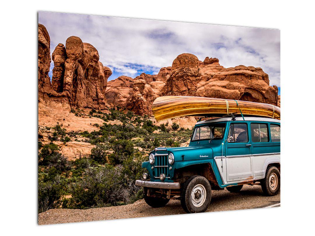 Obraz terenního auta v horách (V020603V7050)
