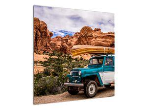 Obraz terenního auta v horách (V020603V7070)